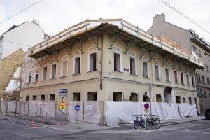 """Abriss des Biedermeierhauses Karolinengasse 13, ehemaliges Restaurant """"Sperl"""", Wien-Wieden"""