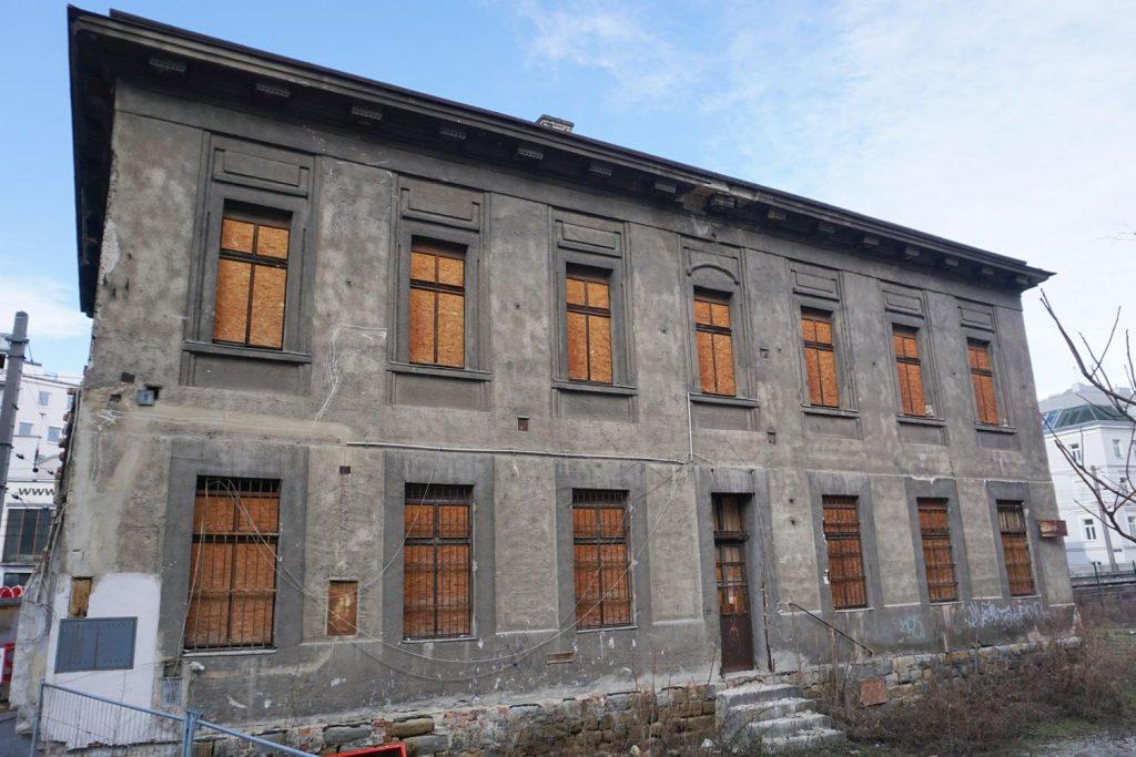 Gebäude des ehemaligen Bahnhofs Hauptzollamt in Wien Mitte, Landstraße (3. Bezirk)