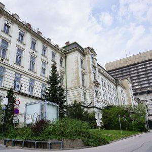 Historische Kliniken: AKH beantragt Abriss!