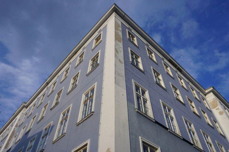 Blaues Haus (Mariahilfer Straße 132) in Wien, Rudolfsheim-Fünfhaus (15. Bezirk)