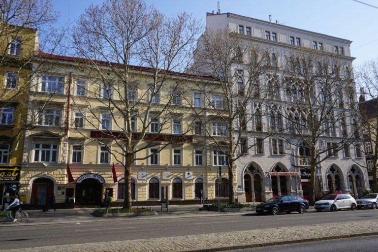 Praterstraße, ehemaliges Hotel Nordbahn, Dogenhof