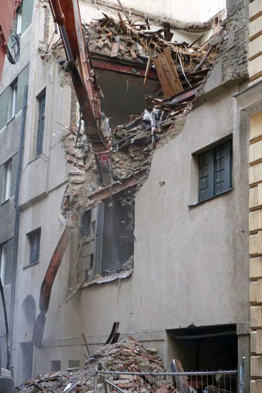Gründerzeithaus Floßgasse 14 in Wien-Leopoldstadt wird abgerissen, ehemalige jüdische Mikwe (Ritualbad)