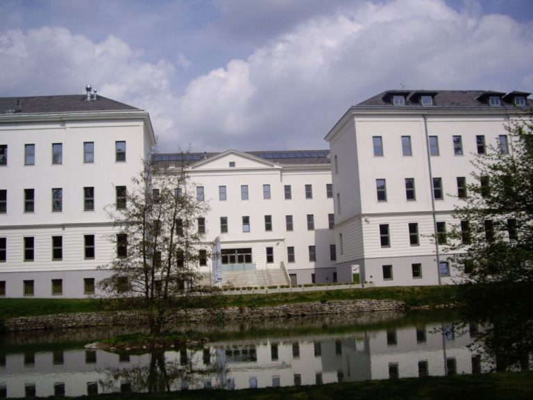 Gebäude des Institute of Science and Technology in Gugging, Österreich