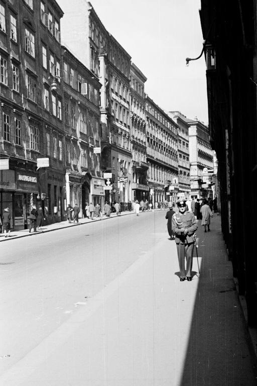 Wollzeile, Wien, Soldat, 2. Weltkrieg