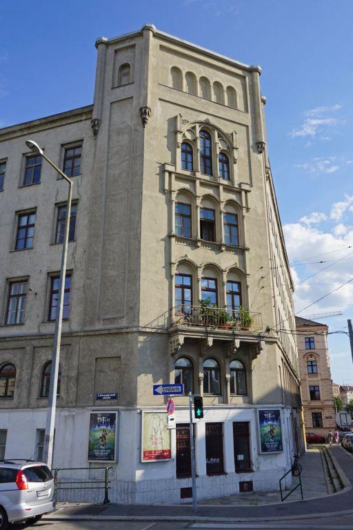 neugotisches Gebäude