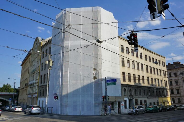 Gründerzeithaus mit teilweise eingerüsteter Fassade, Radetzkystraße, Dampfschiffstraße, Franzensbrücke, Landstraße, Wien
