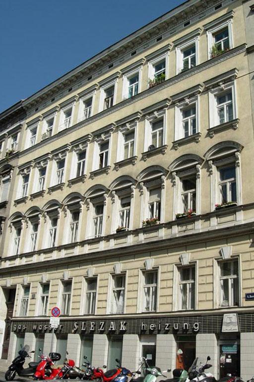 Read more about the article Borschkegasse 14: Abriss & Neubau