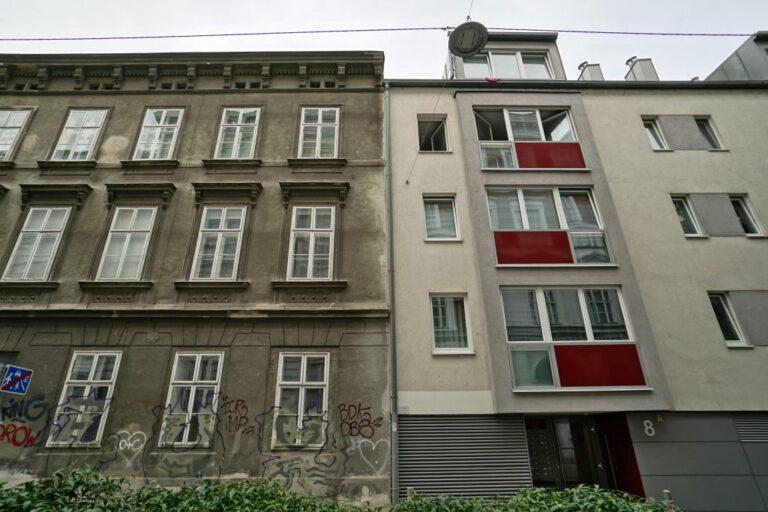 Marchettigasse 10 (Altbau) und 8 (Neubau), Wien-Mariahilf (6. Bezirk)