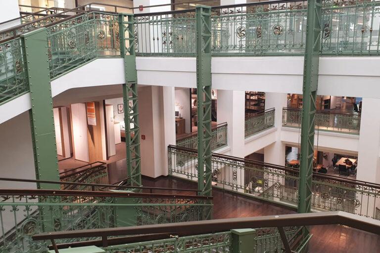 Treppe im Leiner-Haus, Mariahilfer Straße 18, Wien