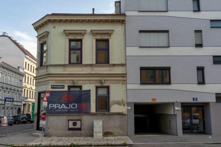 Gründerzeithaus, Neubau-Wohnhaus, Prajo's, Garageneinfahrt, Wien-Ottakring, Lienfeldergasse
