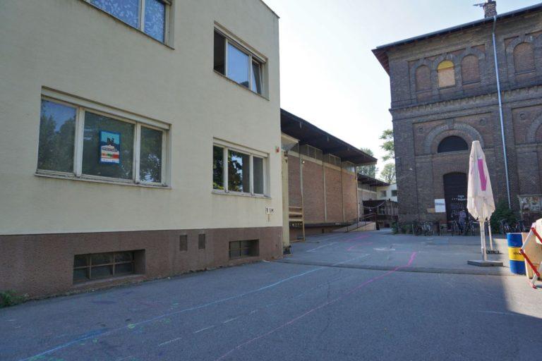 Nordbahnhalle und Wasserturm in Wien-Leopoldstadt