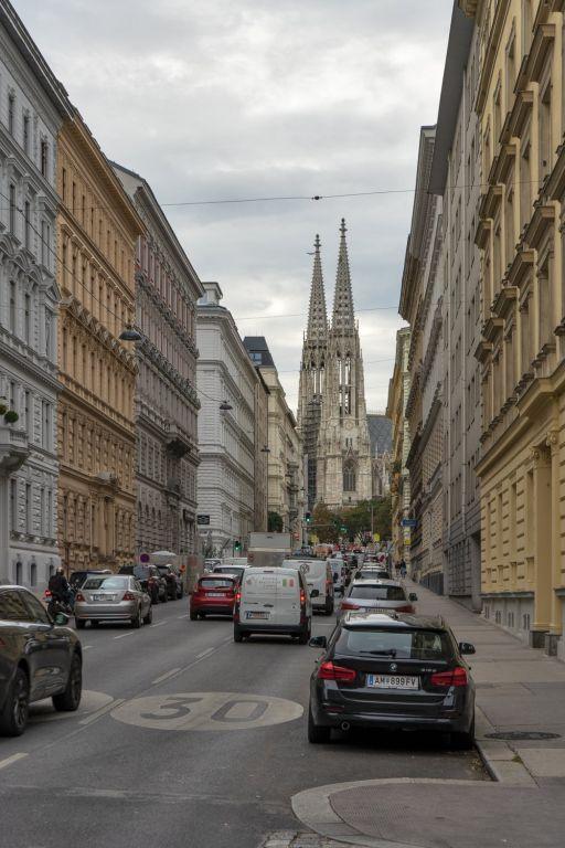 Hörlgasse in Richtung Votivkirche, Verkehr, Wien-Alsergrund