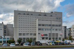 Gemeindebau und Volkshochschule in Floridsdorf, bei Stammersdorf, Wien