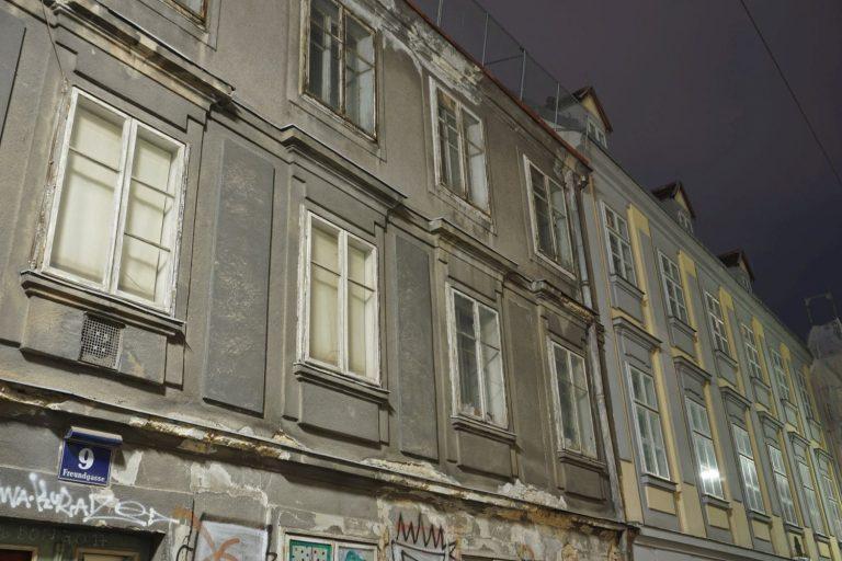 Biedermeierhäuser in der Freundgasse in Wien-Wieden