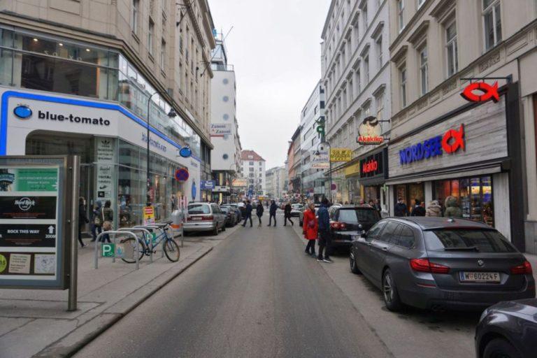 Rotenturmstraße vor der Umgestaltung zur Begegnungszone, Frühjahr 2019, 1010 Wien