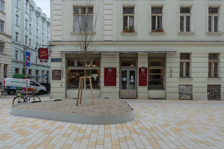 Fußgängerzone vor dem Café Jelinek, 1060 Wien
