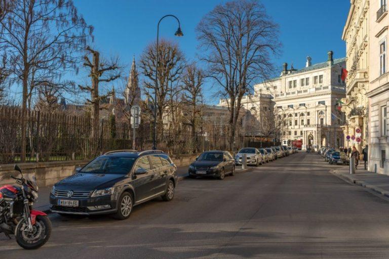 Löwelstraße, Burgtheater, Volksgarten, Rathaus, 1010 Wien