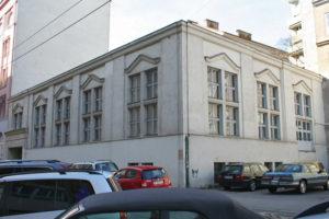 inzwischen abgerissenes Gebäude in Wien-Neubau, Lindengasse 62