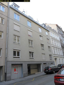 Wohnhaus mit schlichter Fassade in der Tigergasse 7, ersetzt Altbau (Baujahr 1788), Wien-Josefstadt