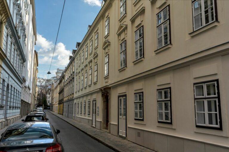 josephinische Häuser in der Freundgasse im 4. Bezirk, Wien, unter Denkmalschutz
