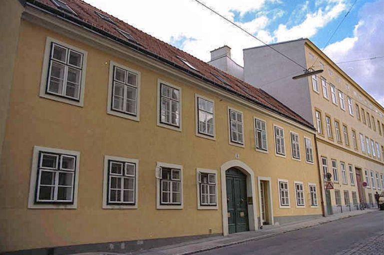 Read more about the article Schaumburgergasse 15: Abriss & Neubau