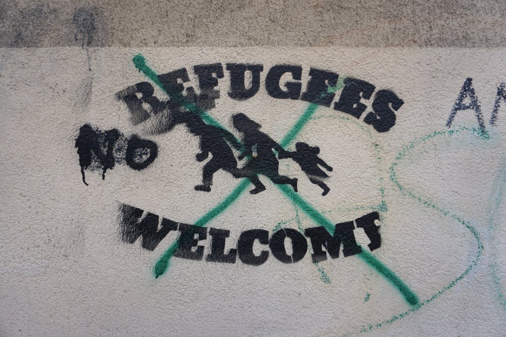 """Refugees welcome"", Graffti in Wien-Landstraße"