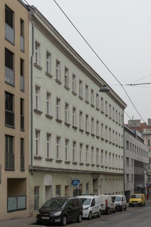 Gründerzeithaus in der Granzgasse 4-6 in Rudolfsheim-Fünfhaus, Wien