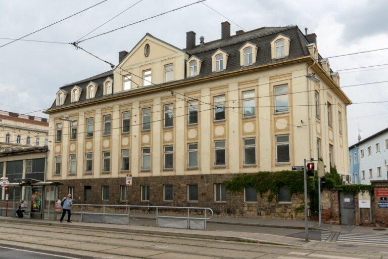 Gründerzeithaus Laxenburger Straße 4 vor dem Abriss, Wien-Favoriten