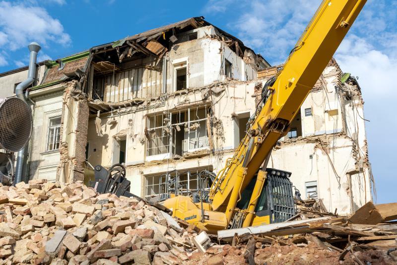 Read more about the article AKH: Stadt Wien reißt historische Klinik ab!