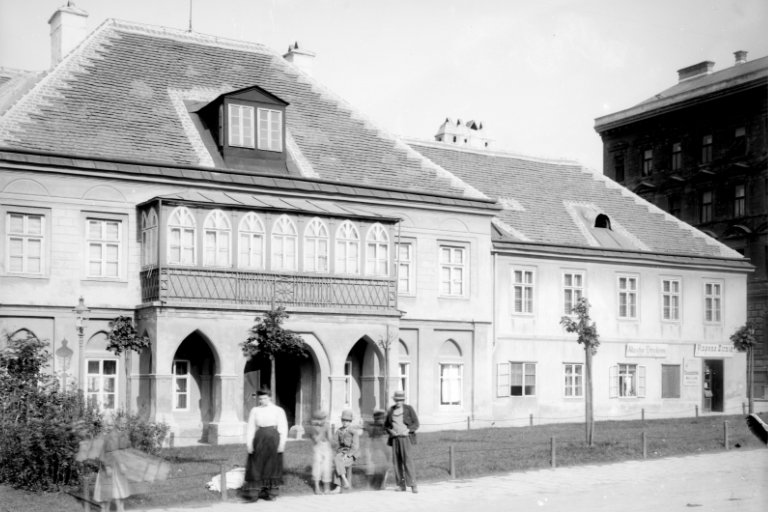 Gaberschlössel am Albertplatz 8, 1080 Wien