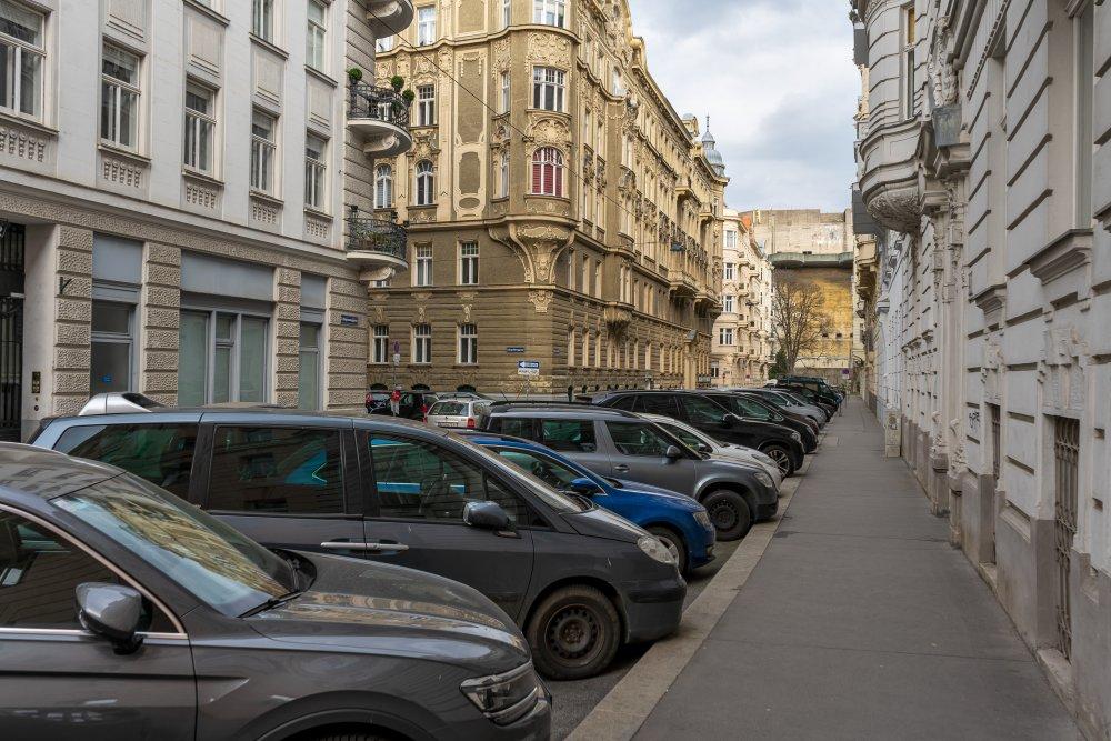 Dapontegasse, Autos, Jugendstilhäuser, 1030 Wien