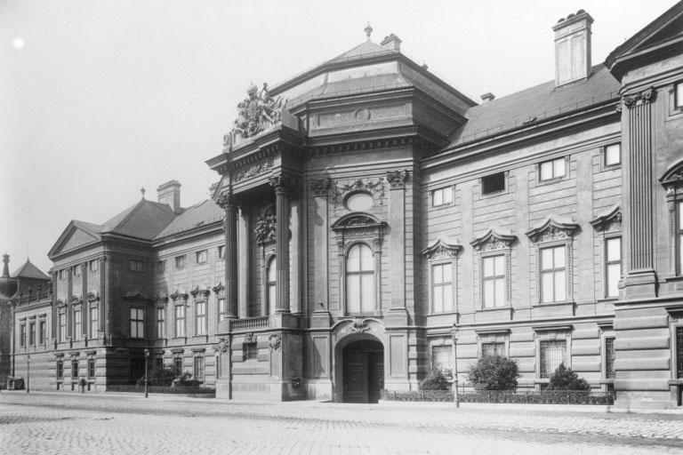 Palais Auersperg (1940, ÖNB)