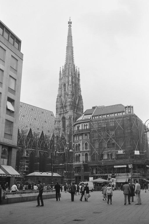 Fußgängerzone an der Ecke Stephansplatz, Graben und Kärntner Straße
