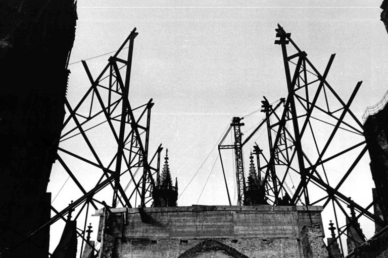 Dach des Stephansdom wird neu gebaut, Wien
