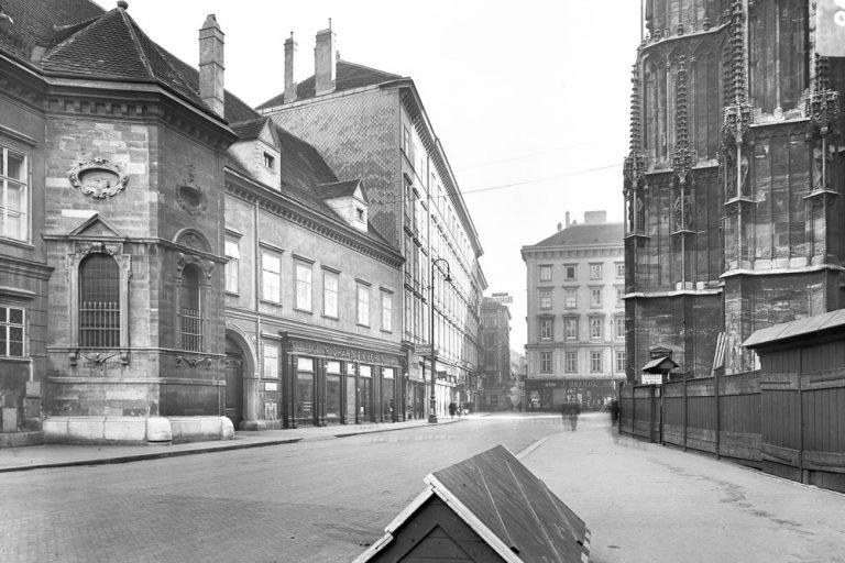 Stephansplatz und Schulerstraße in der Nazizeit, ca. 1940