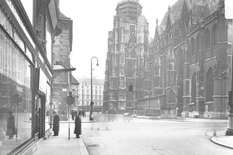 Stephansplatz und Brandstätte in der Nazizeit, ca. 1941