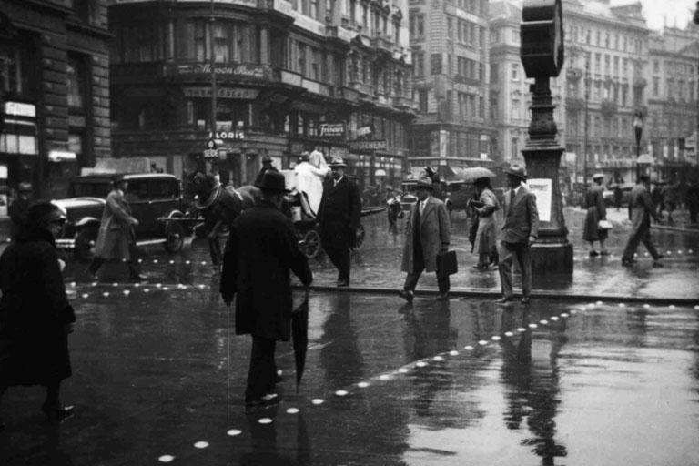 Verkehrsinsel am Stock-im-Eisen-Platz, 1932