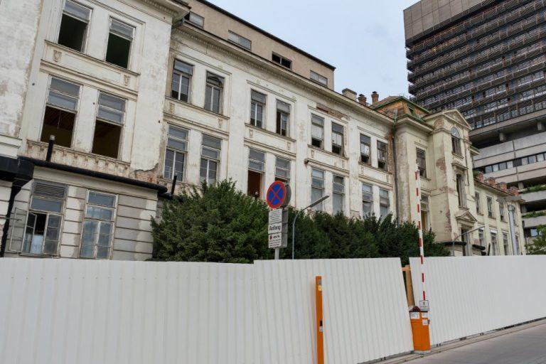 historische AKH-Klinik wird abgerissen, Alsergrund, Wien