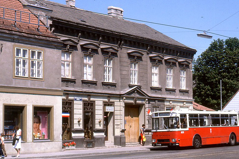 Altbau am Kagraner Platz, später abgerissen, Kagran, Donaustadt, Wien, historische Ansicht