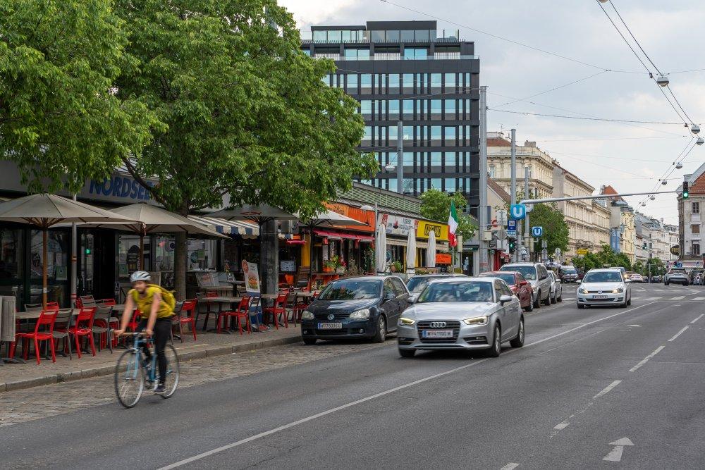 Landstraßer Hauptstraße beim Rochusmarkt, 1030 Wien