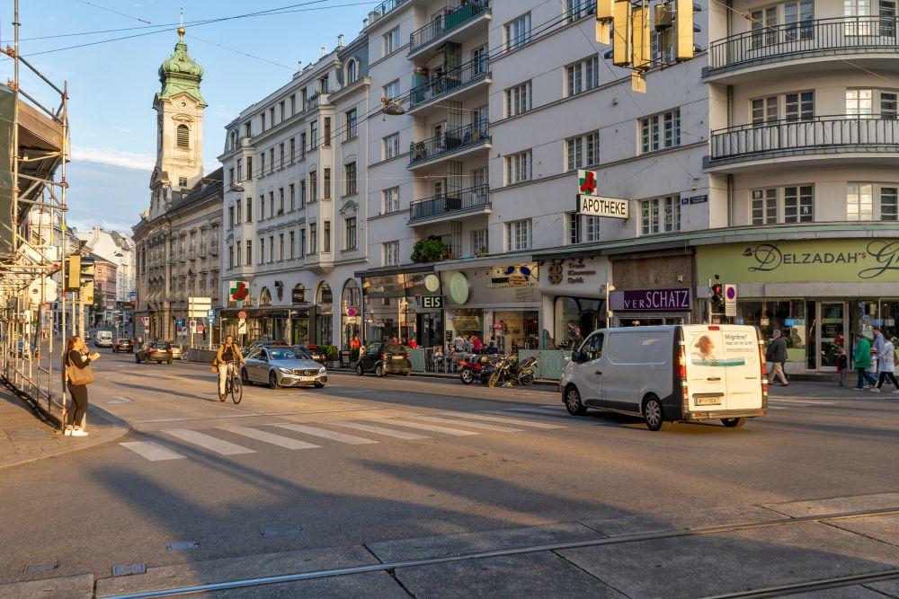 Landstraßer Hauptstraße, Invalidenstraße, Wien Mitte, Krankenhaus, Kirche, Kloster, 1030 Wien