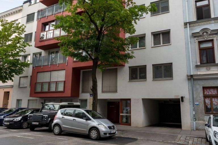 Schiffmühlenstraße 55: Neubau nach Abriss, Baujahr 2015 (Foto: 2020)