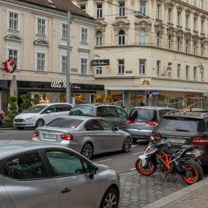 Landstraßer Hauptstraße: Im Banne der Motoren