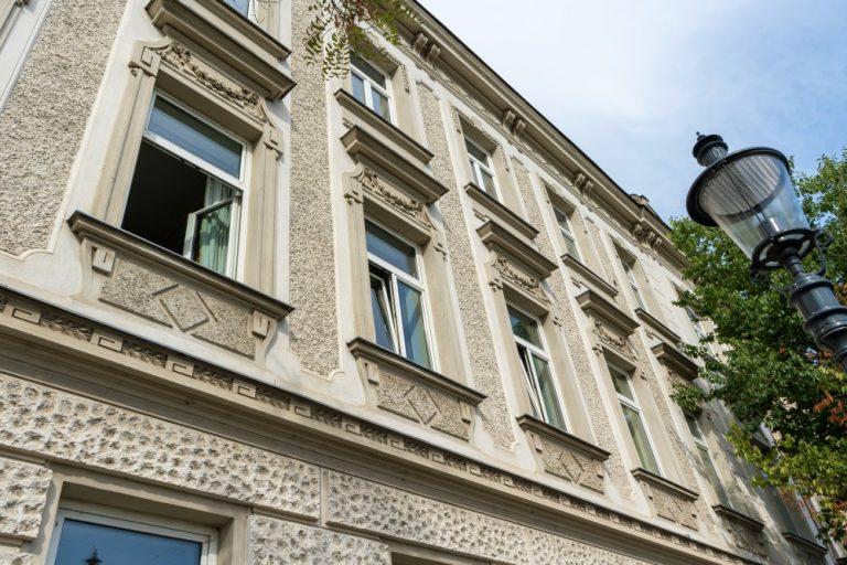 Jahrhundertwendehaus am Leopoldauer Platz 46 (Foto: 2020)