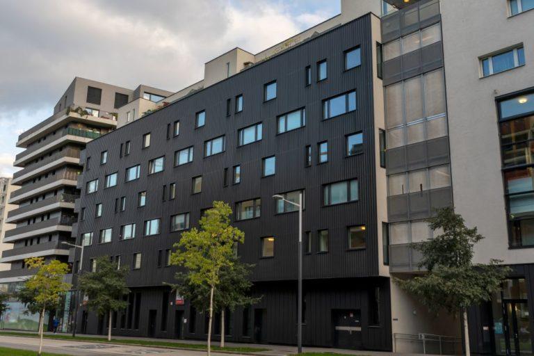 Wohnhausanlage im Sonnwendviertel, nahe Hauptbahnhof, Wien, Favoriten