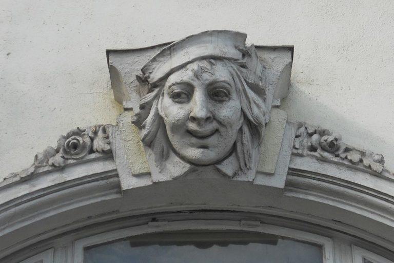 Fassadendetail des Hopf-Hauses in Wien-Donaustadt, kurz vor dem Abriss 2014