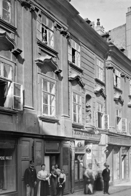 Neustiftgasse 40: Abriss vor 1909 (Foto: 1899, ÖNB/Stauda)