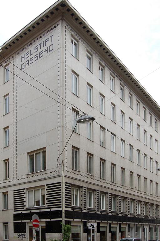 Wohnhaus entworfen von Otto Wagner in Wien-Neubau
