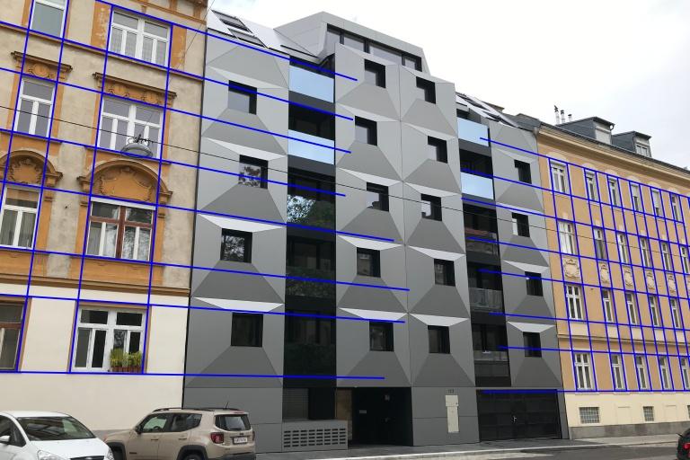 Neubau und Altbauten in der Albrechtskreithgasse, Ottakring, Wien, Fensterachsen