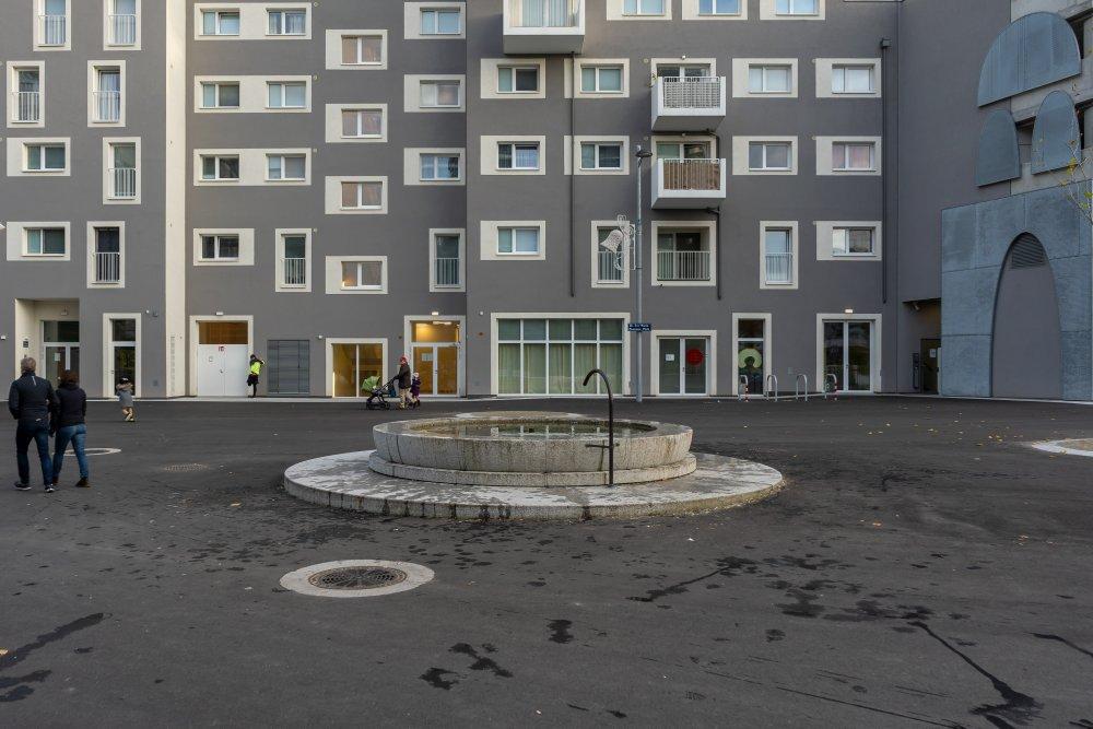 Brunnen im Seeparkquartier, Seestadt Aspern, Asphalt, Donaustadt, Wien
